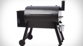 """The Traeger Pro Series Grill with """"Advanced Grilling Logic"""""""
